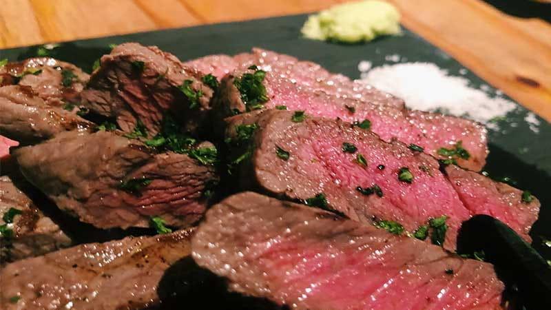 梅田の肉料理が美味しい居酒屋10選
