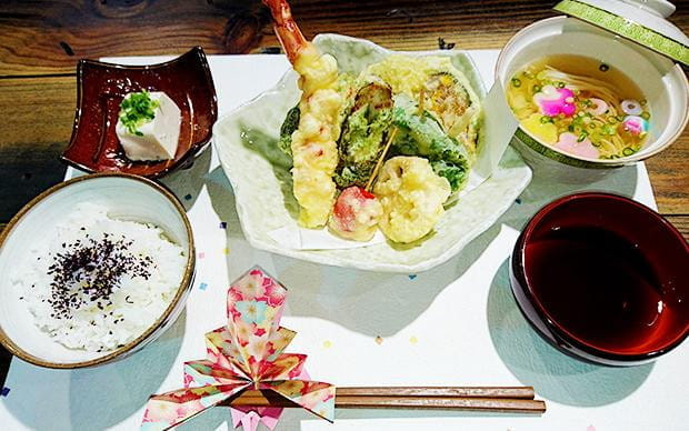 "Authentic Japanese Cuisine Cooking Classes ""Sakura Cook"""